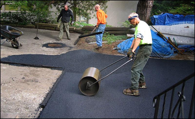 Installing a new asphalt driveway